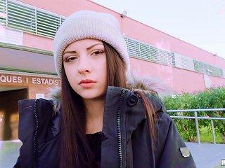 BravoTube Sex Video - Italian Seductress Rebecca Volpetti Sucking A Dick At School